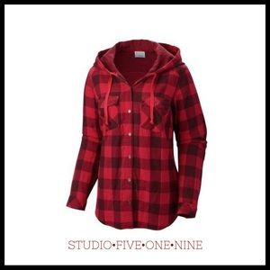 Columbia • Times Two Hooded Button-Up Shirt